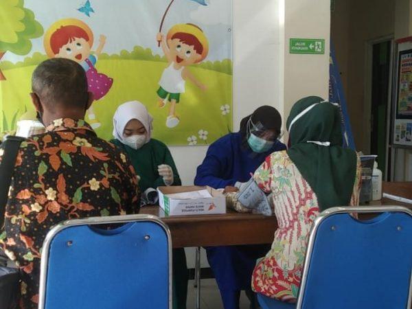 Vaksinasi Covid-19 Bagi Guru & Karyawan SMP Negeri 3 Jiken
